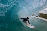 毎年通うサーフィンの聖地ハワイ。斉藤要.jpg
